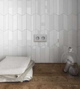 Equipe Chevron Wall White Right 18,6x5,2 cm