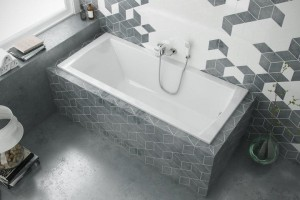 Excellent Aquaria  bathtub 1700 x 750 mm